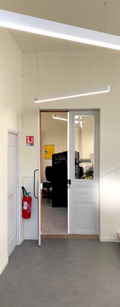 alt = Atmos Architecture - Portfolio - Entrée - Mairie de Bages (Aude)