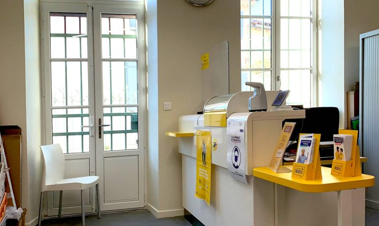 alt = Atmos Architecture - Portfolio - Bureau de poste - Mairie de Bages (Aude)